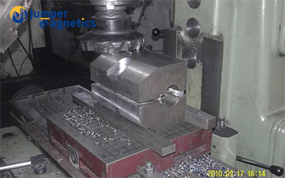 cnc-magnetic-chuck-for-milling